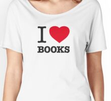 I ♥ BOOKS Women's Relaxed Fit T-Shirt