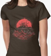 Tentacle Wars Women's Fitted T-Shirt