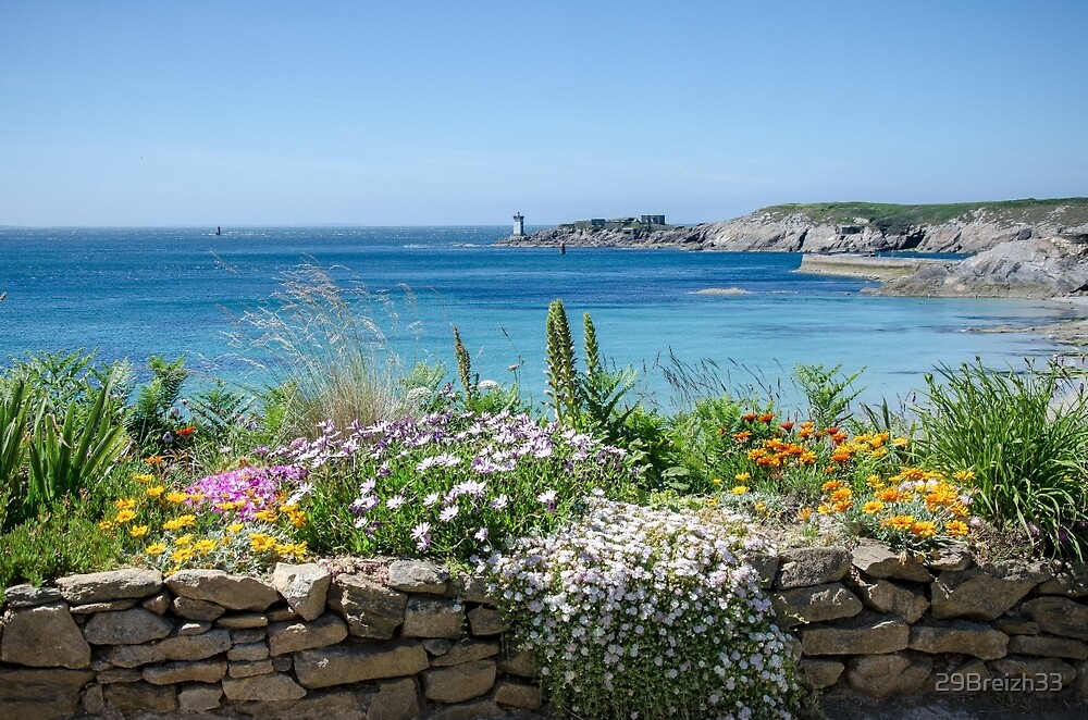 Flowered balcony over Le Conquet bay by 29Breizh33