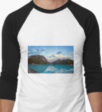 Lake Louise Banff Alberta Men's Baseball ¾ T-Shirt