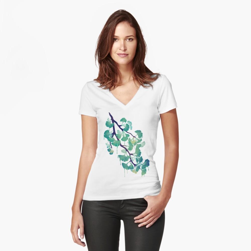 O Ginkgo (in Grün) Tailliertes T-Shirt mit V-Ausschnitt
