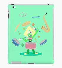 Peridot's one gem band iPad Case/Skin