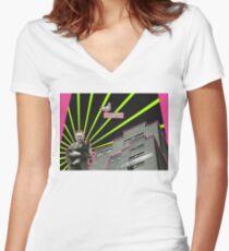 ARTISAN Women's Fitted V-Neck T-Shirt