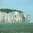 Dover chalk cliffs by Ianua