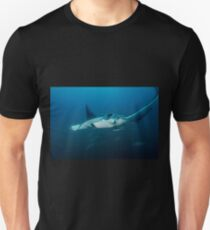 Mant Ray With Remoras Unisex T-Shirt