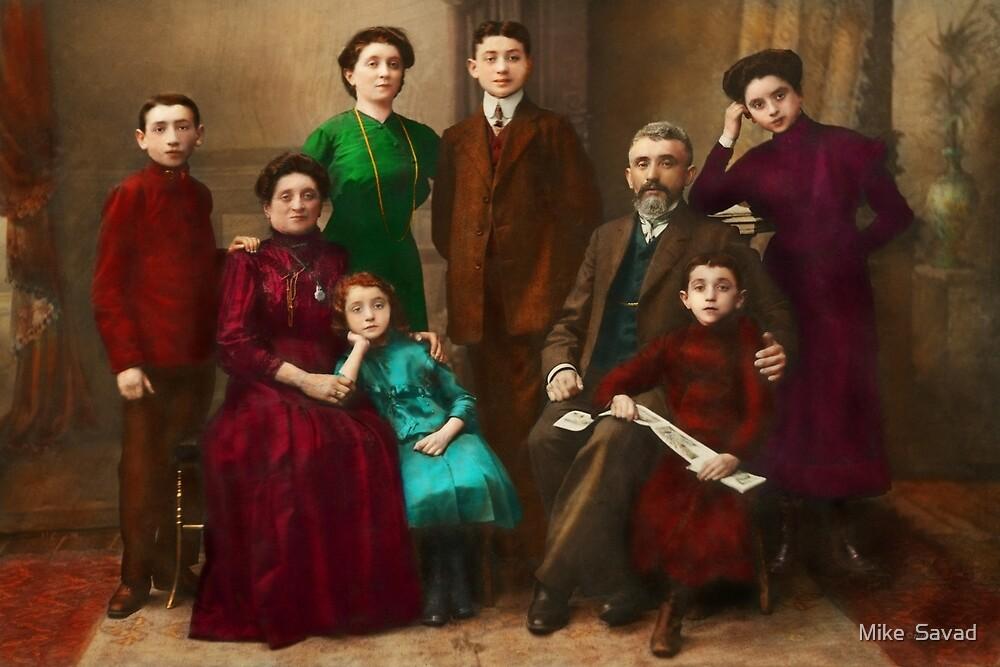 Americana - The Savatsky family by Michael Savad