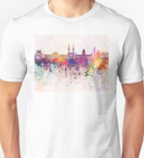 Belfast skyline in watercolor background Unisex T-Shirt