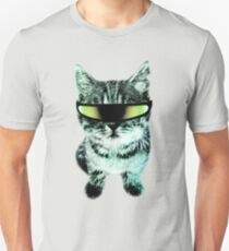 Beach Cat is ready to make waves (Guys) Slim Fit T-Shirt