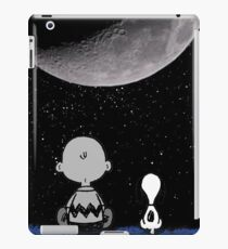 snoopy staring at the moon iPad Case/Skin