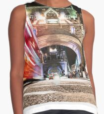 tower bridge on motion Contrast Tank
