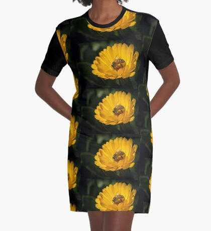A Very Busy Bee Graphic T-Shirt Dress