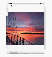 Crimson Sunrise waterscape image iPad Case/Skin