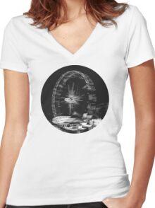Fair Blur Women's Fitted V-Neck T-Shirt