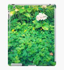 Hortensia inside shrubs iPad Case/Skin