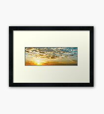 SUNBURST SUNRISE - Queensland, AUSTRALIA Framed Print