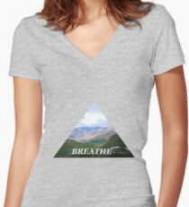Triangle - Breathe it all in Women's Fitted V-Neck T-Shirt