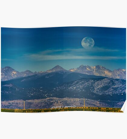 Moonset Over Indian Peaks Poster