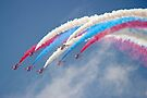 Looping Through Cloud - The Red Arrows - Farnborough 2014 by Colin  Williams Photography