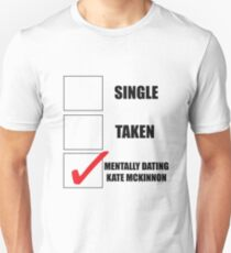Metally Dating Kate McKinnon Unisex T-Shirt