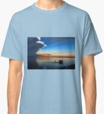 Camiseta clásica Sammy Chases Fish
