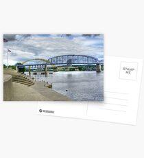 Die purpurrote Leute-Brücke Postkarten