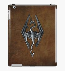 Skyrim Worn Leather Symbol iPad Case/Skin