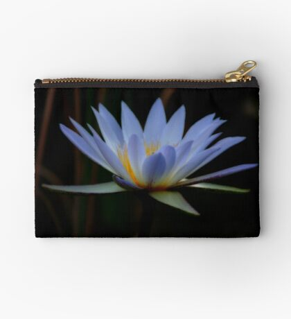 IN BLUE - THE WATERLILY - – Nymphaea nouchall Studio Pouch