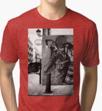 el arte de la calle Tri-blend T-Shirt