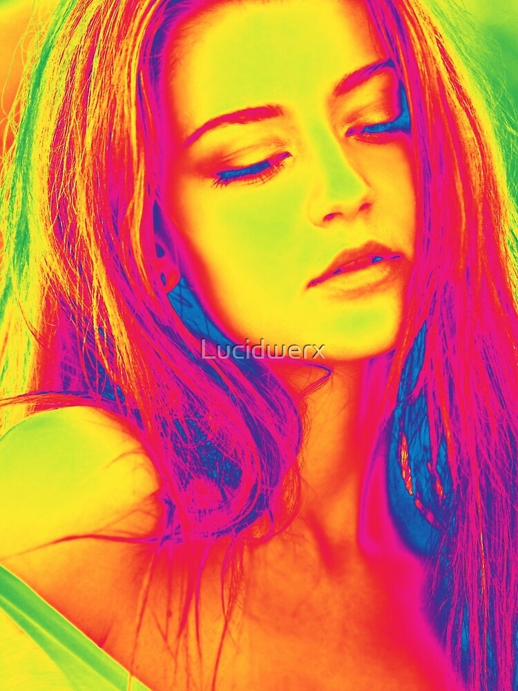 Psychedelic Girl by Lucidwerx
