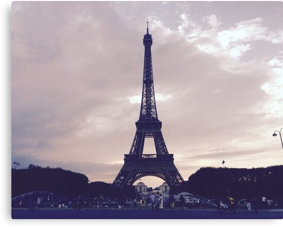 Eiffel Tower - Pastel by Madelinerouse