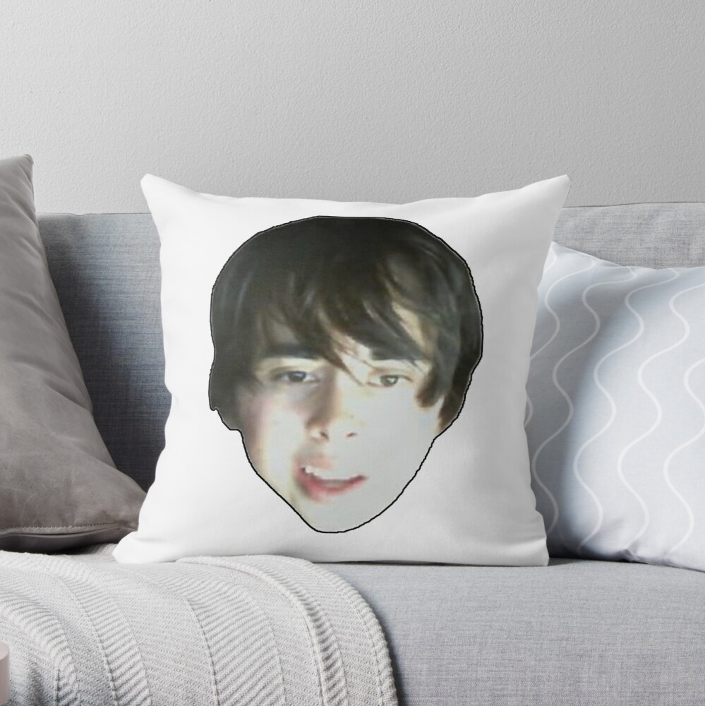 Leafyishere face reveal