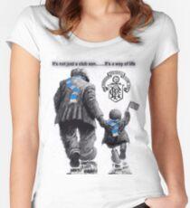 Lebensstil Tailliertes Rundhals-Shirt