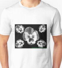 cinq fleur Unisex T-Shirt