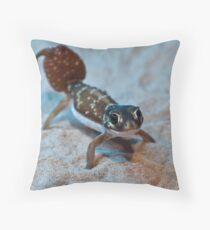 Smooth Knob- tailed Gecko Throw Pillow
