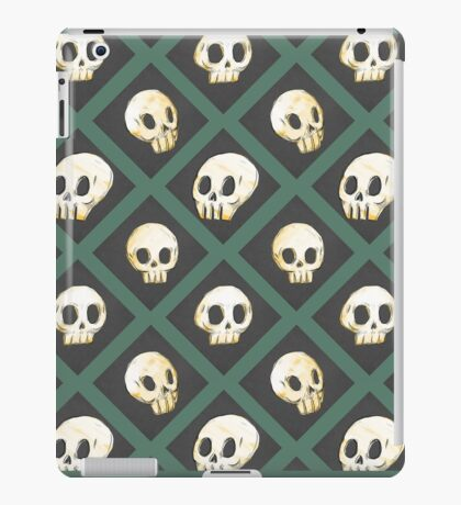 Tiling Skulls 3/4 - Green iPad Case/Skin