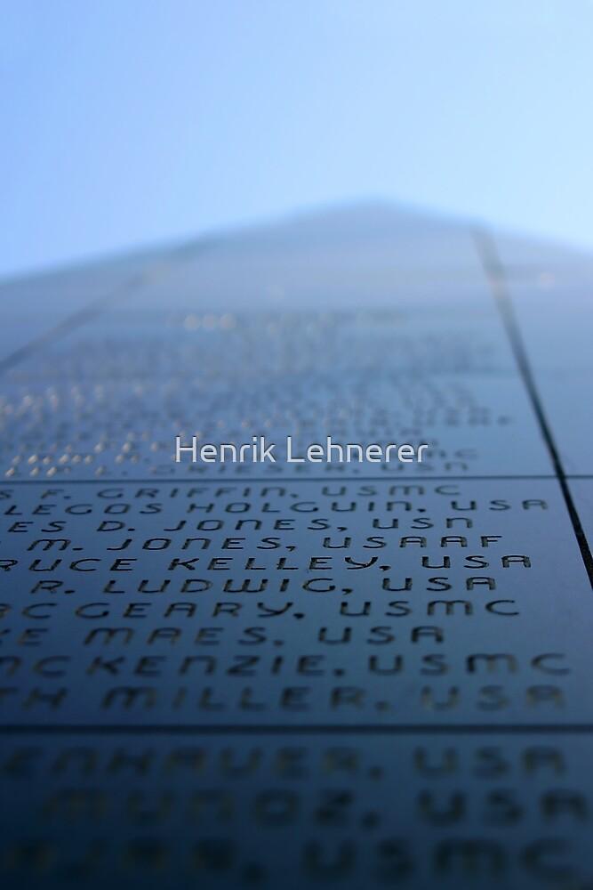 Oxnard Veterans Memorial by Henrik Lehnerer