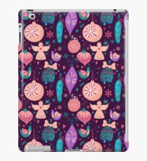 Christmas Baubles Seamless Pattern iPad Case/Skin