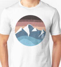 mountain souvenir logo vintage T-Shirt