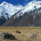 Mount Cook National Park by Anny Arden