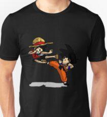 son goku vs luffy T-Shirt