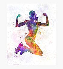 Lámina fotográfica Mujer corredor basculador saltando de gran alcance