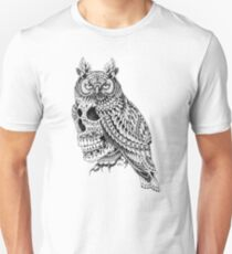 Great Horned Skull T-Shirt