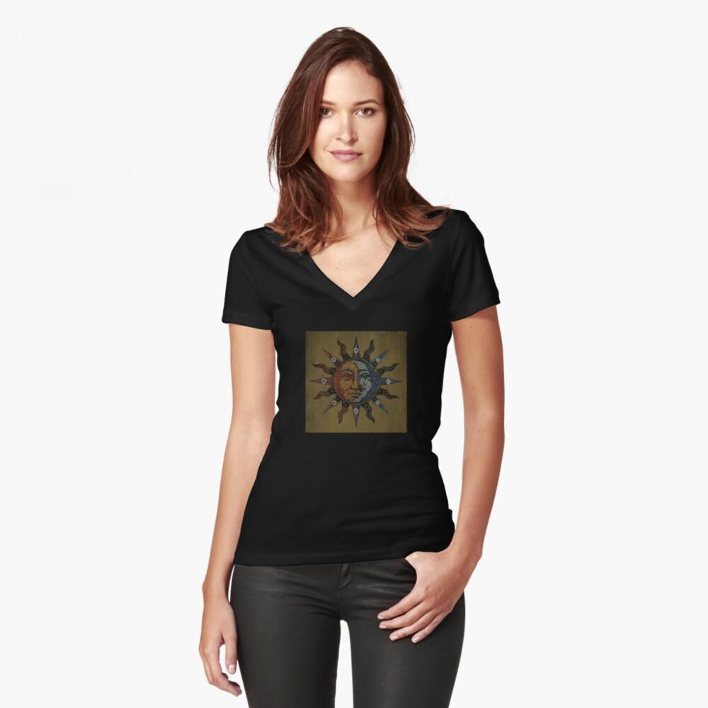 Vintage Celestial mosaic Sun & Moon Camiseta entallada de cuello en V