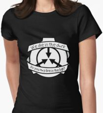 Die in the dark: Black and White Women's Fitted T-Shirt