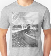 The Bloody Lane, Antietam. Civil war Battlefield. American History.  Unisex T-Shirt