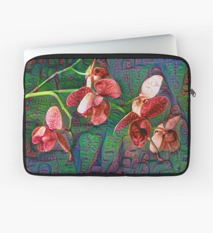 Phalaenopsis A #DeepDream Laptop Sleeve