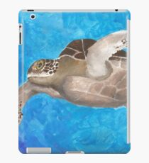 Turtle on an ocean adventure iPad Case/Skin