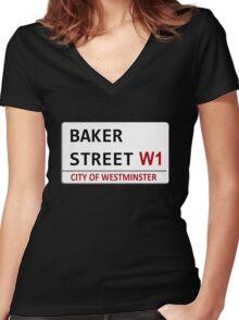 Baker Street Sign Women's Fitted V-Neck T-Shirt