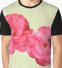 where the rose grows Graphic T-Shirt