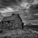 Suilven and the Old House at Elphin by derekbeattie